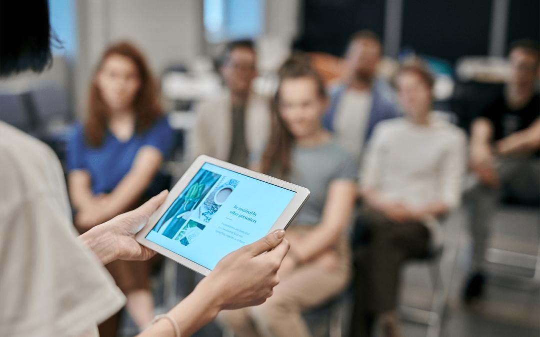 O setor de energia entre duas revoluções: a digitalização e a experiência do cliente